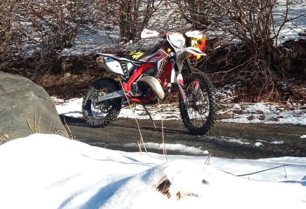 Consejos de conducción en moto con frío